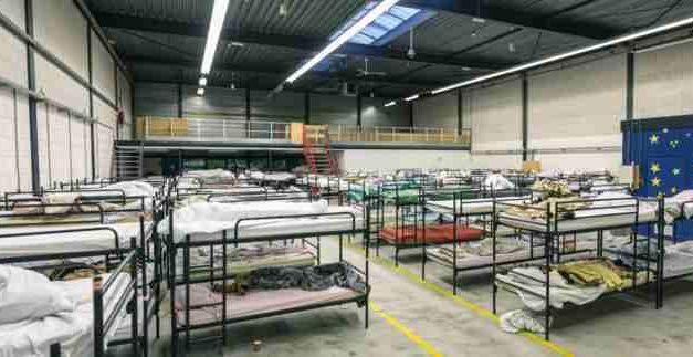 Laatste nacht daklozenopvang Zilverstraat. 'Waar moeten ze nu naartoe?'