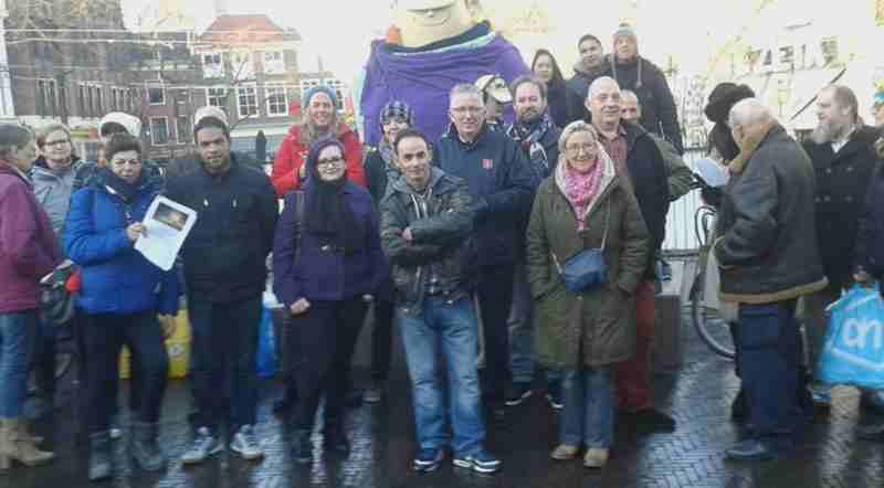 Straat Consulaat ontvangt €2000,- via Haagse Harry Beeld