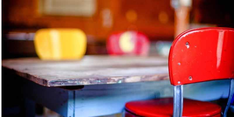 Gezocht: keukentafel met netwerk