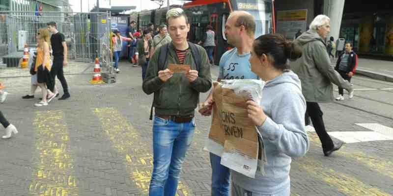 """Achterban jongeren doen mee aan landelijke actie """"laat ons uitsterven""""!"""