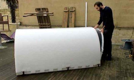 Aluminium iglo voor kleumende daklozen: de 'iglou'