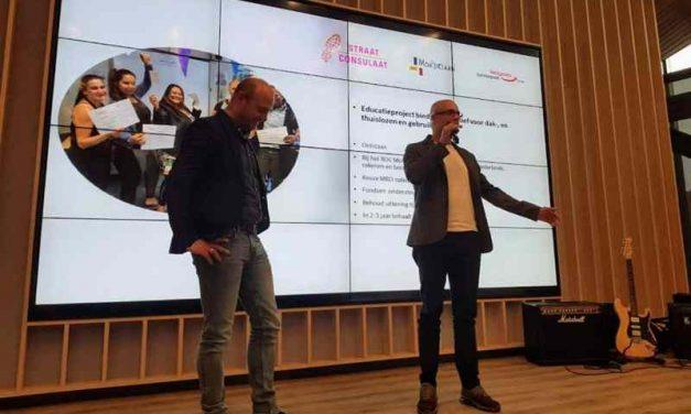 Educatieproject neemt VGZ Herstelspecialprijs in ontvangst