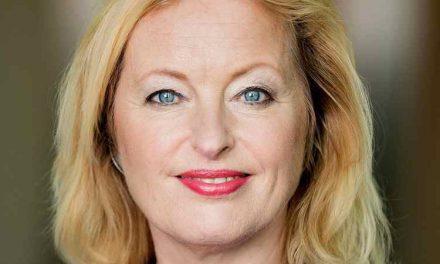 Oud-minister Bussemaker gelooft niet meer in de participatiemaatschappij