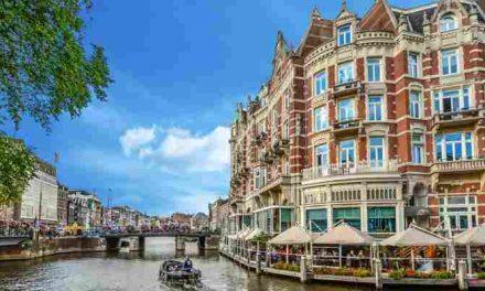 Amsterdam: Gemeente stopt met beboeten op straat slapende daklozen