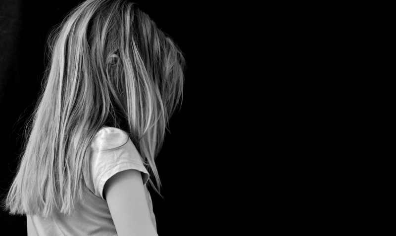 Haagse partijen vinden wachtlijst Veilig Thuis stuitend: 'Kinderen in nood vaak te lang aan lot overgelaten'