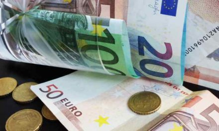 Ook Nederlanders met modaal inkomen worstelen om rond te komen
