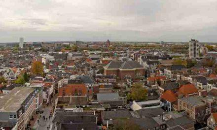 Den Bosch: Abu helpt bij de daklozenopvang: 'Het stereotype beeld van een dak- of thuisloze klopt niet'