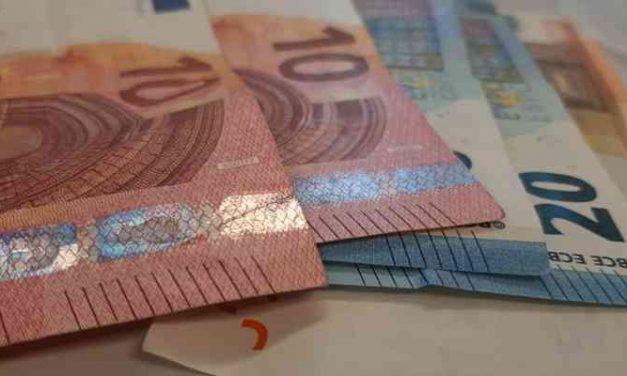 Amsterdammers in bijstand hoeven te veel betaalde uitkering niet terug te betalen