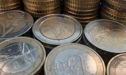 Amsterdam zet schuld jongeren om in lening