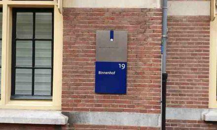 Enschede roept op tot massaal gemeentelijk verzet tegen het zuinige Den Haag