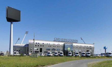 Haagse straatdokter verbijsterd over 'coronadorp' voor daklozen bij ADO-stadion