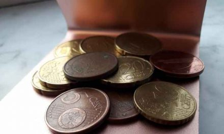 'Huurbemiddelaars eten van twee walletjes en strijken ten onrechte tientallen miljoenen euro's op'