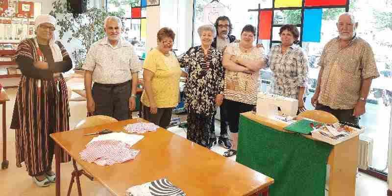 Vadercentrum Adam doneert mondkapjes voor de daklozen