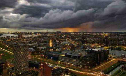 Rotterdam wil af van wetgeving die jongeren het huis uit werkt