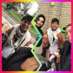 Achterban jongeren van het Straat Consulaat brengen ontbijtpakketten bij de opvang van dakloze jongens